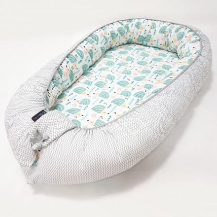 Baby-Joy Babynest Kokon Baby-Reisebett Baby Pod | ZICK ZACK Linie 100% Baumwolle 04 Igel