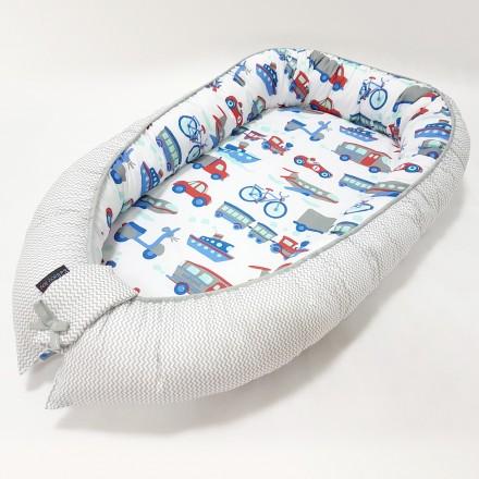 Baby-Joy Babynest Kokon Baby-Reisebett Baby Pod | ZICK ZACK Linie 100% Baumwolle 08 Fahrzeuge