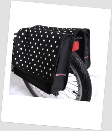 Baby-Joy Fahrradtasche JOY Kinderfahrradtasche Satteltasche Gepäckträgertasche 2 x 5 Liter 37 Dots Little 4 White