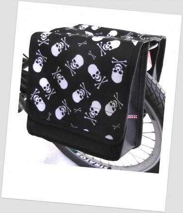 Baby-Joy Fahrradtasche JOY Kinderfahrradtasche Satteltasche Gepäckträgertasche 2 x 5 Liter 45 Pirat